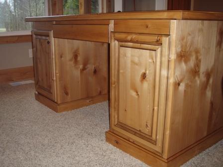 Custom Desk Woodwork