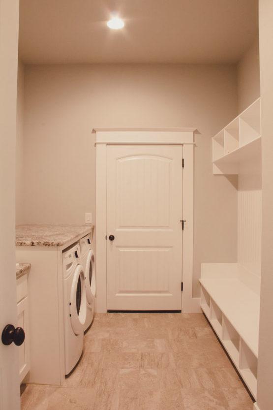 Laundry Room Custom Home Kalama WA